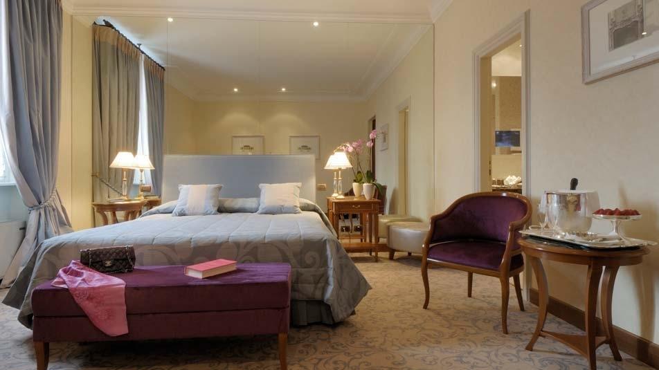 Отель Aldrovandi Palace